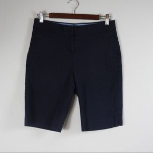 T417 Nautica Navy Bermuda Shorts Size 4